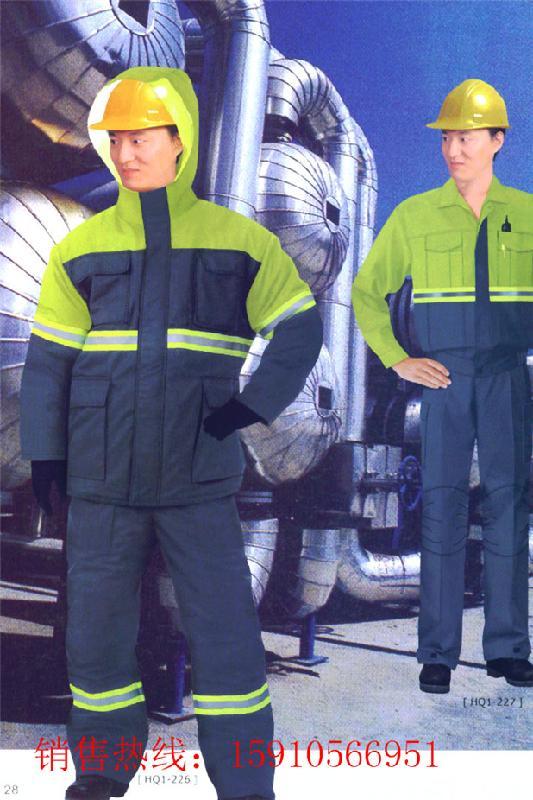 供应制服定制西装衬衫定做图片