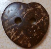 供应心形椰壳服装纽扣图片