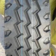 钢丝胎1000R20图片