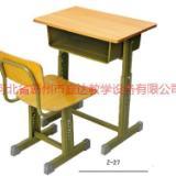 供应内蒙古学生方管课桌椅优质课桌椅