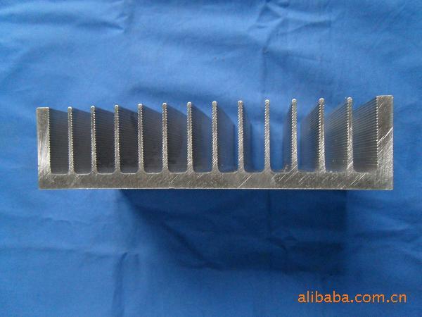 供应轨道交通铝型材批发