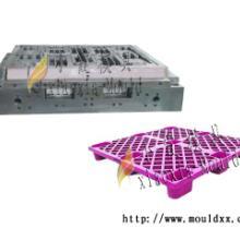 供应专业加工托盘塑胶模具