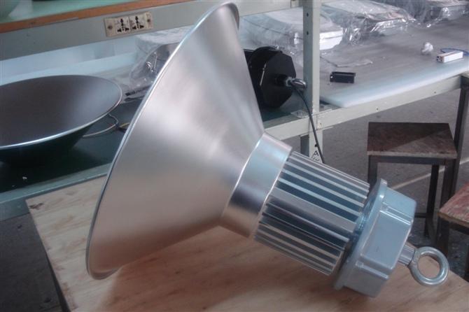 供应LED工矿灯120W,LED工矿灯LED工矿灯120W515型