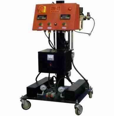 供应聚氨酯发泡喷涂机