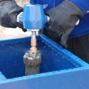 潜孔钻头修磨机图片