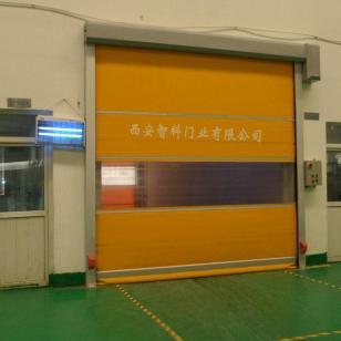 生产安装快速卷帘门图片