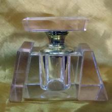 供应水晶香水瓶水晶香水座汽车香水座水晶香水瓶厂家生产供应水晶香水图片