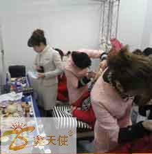 供应哪里有福州彩妆晚课培训学校