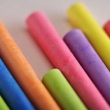 供应彩色粉笔13831818239