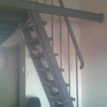供应金华钢构钢架楼梯