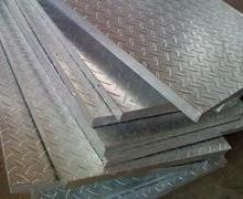 供应防滑钢格板,钢格板焊机,河北安平钢格板厂家图片