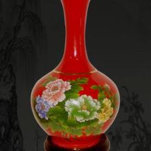供应新疆彩绘中赏红瓷花瓶批发