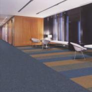 PVC底丙纶方块地毯大量批发价格图片