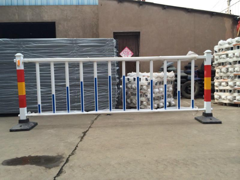 供应海口市交通护栏,三亚人行道安全护栏,文昌护栏 图高清图片