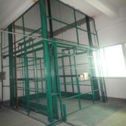 导轨式链条升降电动货梯生产厂家图片