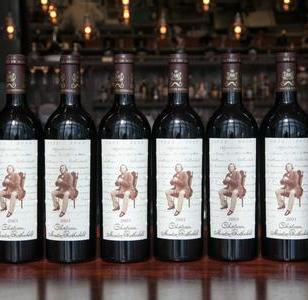 法国一级名庄红酒图片
