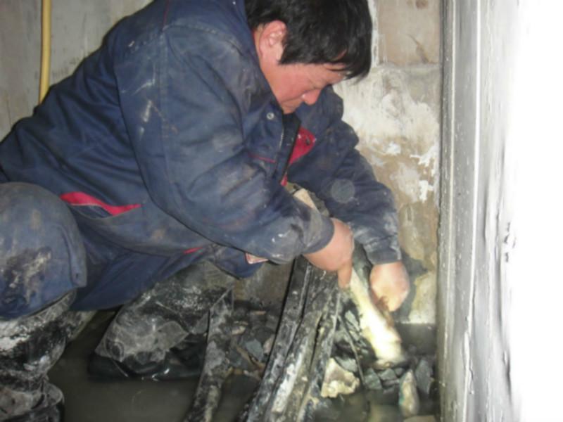供应南京电梯井漏水维修,化学灌浆维修电梯井渗水施工厂家,哪里有卖维修电梯井渗漏的注浆堵漏材料