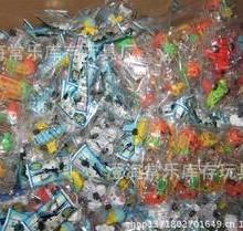 供应厂家直销2元店回力车仔称斤卖小玩具澄海库存玩具质量最好商家批发