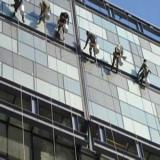 供应外墙玻璃清洗昆明官渡区哪家好/昆明保洁公司哪家最好