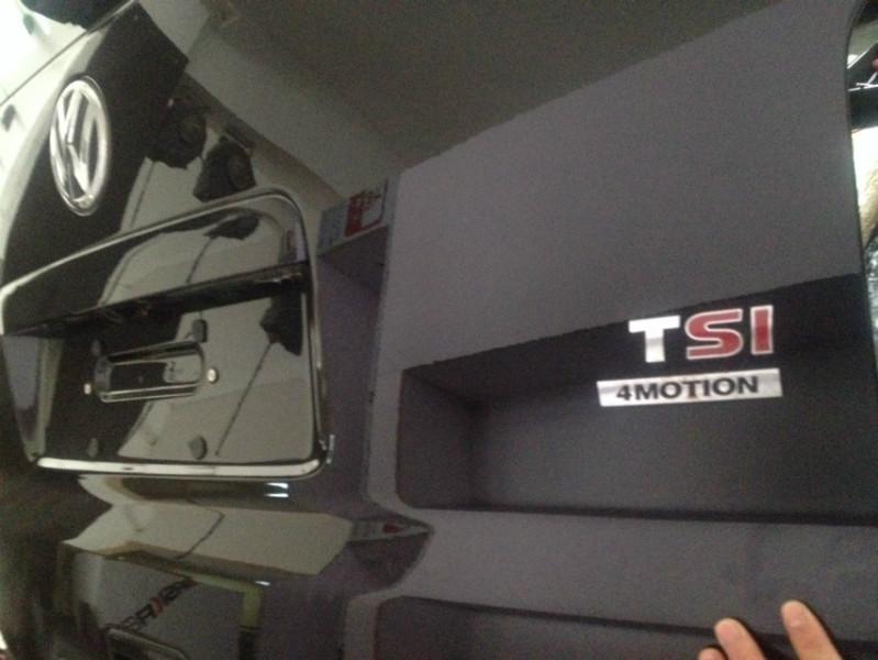 郑州大众T5商务车改装图片 郑州大众T5商务车改装样板图 郑州大众T5高清图片