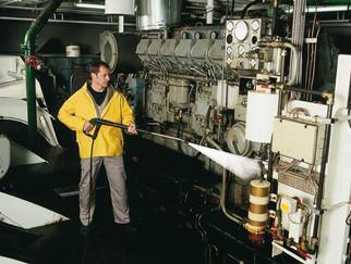钢铁厂石灰石回转窑清洗机_电动高压清洗机