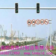 山东济南聊城菏泽枣庄济宁监控立杆道路标志牌立杆电子警察杆厂家图片