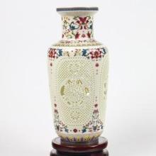 供应景德镇陶瓷镂空瓶