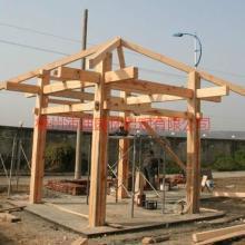 供应碳化木木屋防腐木木屋梧州木屋制作梧州地区可免费提供设计图片