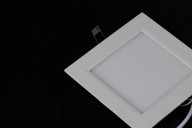 供应深圳led超薄面板灯平板灯经销商图片