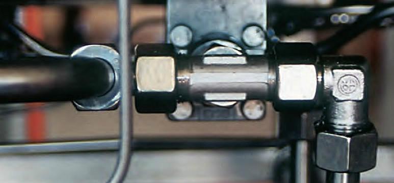 供应卡套式接头过壁式角通接头TN118 液压管路连接件