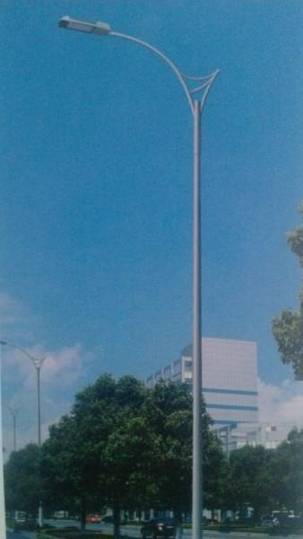 供应泰安LED路灯供应泰安一体化太阳能路灯泰安路灯