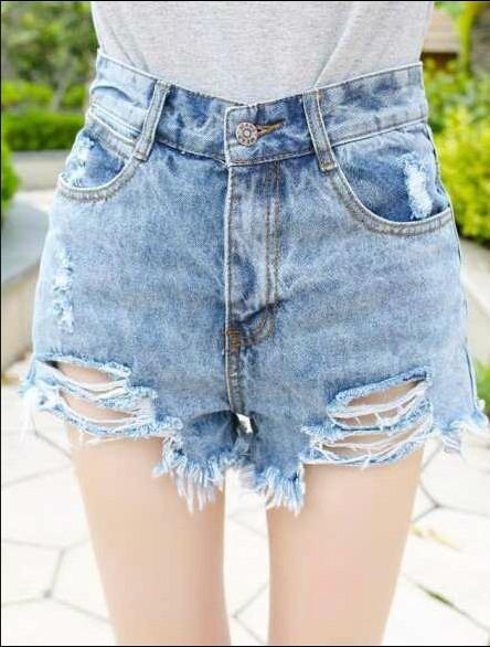 ... 女生 穿 超 短裤 图 女生 着 短袖 初中 女生 穿 超