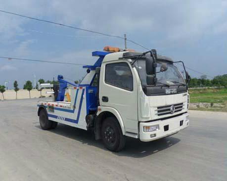 供应东风多利卡道路清障车图片