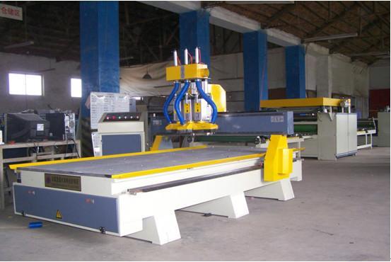供应木工雕刻机主轴功率3.7kw、伺服电机、台湾方轨