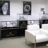 供应成都银饰品展柜设计制作公司定做