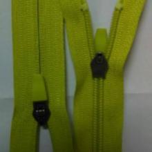 供应尼龙反穿拉链/尼龙拉链/运动服装拉链