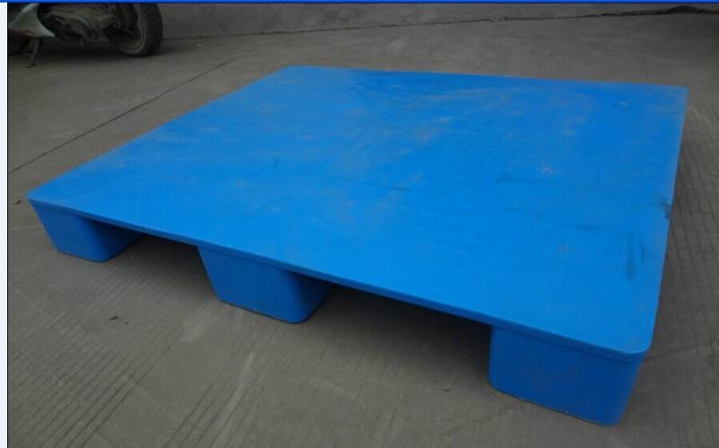 深圳乔丰塑料托盘厂家 深圳塑料卡板生产厂家提供,深圳塑料川子托盘厂家