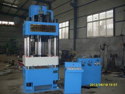 供应200吨液压拉伸机 200吨四柱液压机 200吨液压拉伸机价格 滕州万合