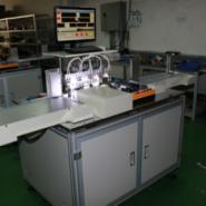 电子连接器组装机图片