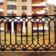 山西太原铁艺加工制作铁艺围栏大门图片