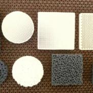 蜂窝直孔陶瓷铸造过滤网图片