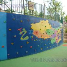 四川商城高空拓展趣味攀爬钻网,高空攀岩墙,幼儿园攀岩墙设计施工, 重庆渝中木质攀岩墙图片