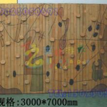四川森林爬网公园木质攀岩设计,成都专业体能拓展健身器材,重庆渝北木质攀岩墙批发