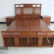 中式实木大床图片