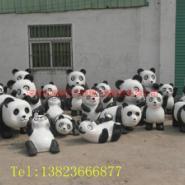 深圳玻璃钢卡通功夫熊猫雕塑图片