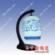供应手工彩绘灯具精致粉彩工艺品