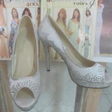 供应高贵奢华烫钻单鞋欧美性感高跟鞋批发真皮时装女鞋时尚外贸鞋批发