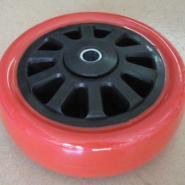 重型PU白芯大红面通花轮图片