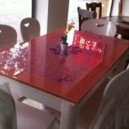 人造石方形餐桌图片