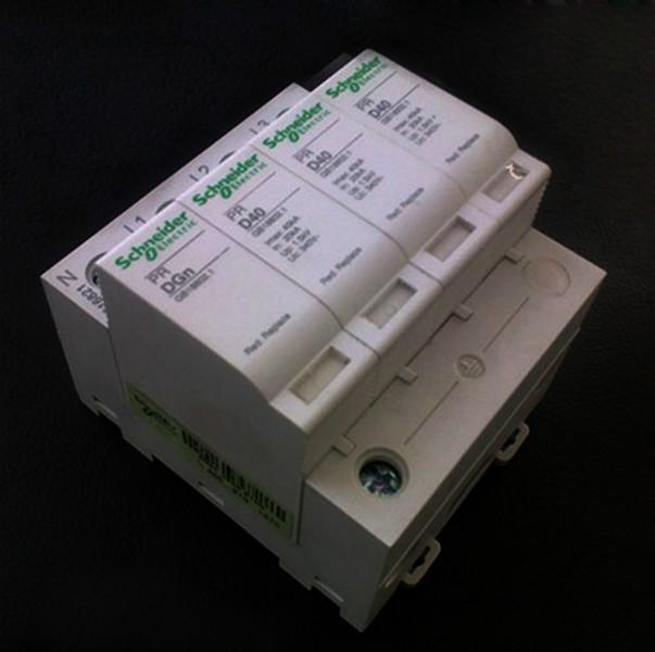 供应施耐德浪涌保护器PRD-80KA/4P 电涌保护器 电源防雷器 浪涌防雷器